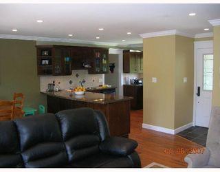 "Photo 4: 1615 MCBRIDE Street in North_Vancouver: Norgate House for sale in ""NORGTE"" (North Vancouver)  : MLS®# V651777"
