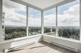 """Photo 1: 2301 3100 WINDSOR Gate in Coquitlam: New Horizons Condo for sale in """"The Lloyd"""" : MLS®# R2328161"""