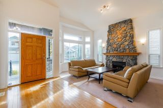 """Photo 5: 21679 90B Avenue in Langley: Walnut Grove House for sale in """"MADISON PARK"""" : MLS®# R2613608"""
