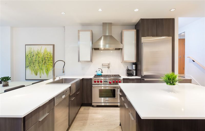 FEATURED LISTING: 491 BROUGHTON Street Vancouver