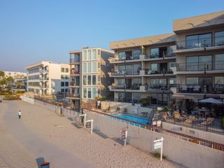 Photo 21: PACIFIC BEACH Condo for sale : 2 bedrooms : 1235 Parker Place #1F in San Diego