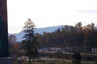 """Photo 17: 107 33960 OLD YALE Road in Abbotsford: Central Abbotsford Condo for sale in """"Old Yale Heights"""" : MLS®# R2130106"""