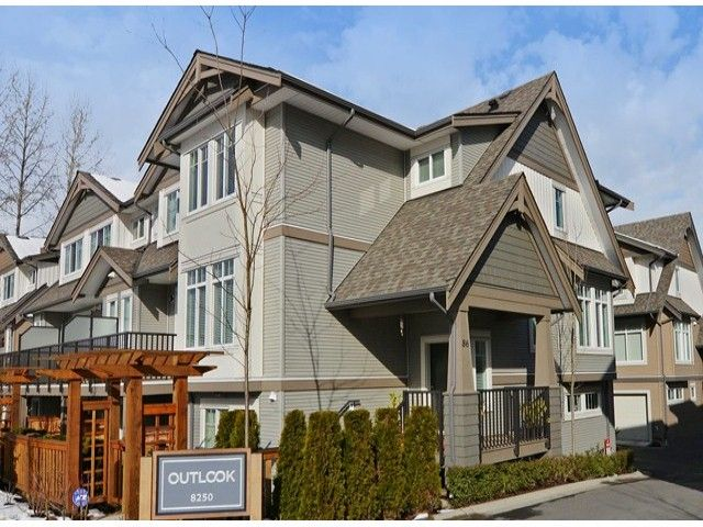 """Main Photo: 86 8250 209B Street in Langley: Willoughby Heights Townhouse for sale in """"OUTLOOK"""" : MLS®# F1404078"""