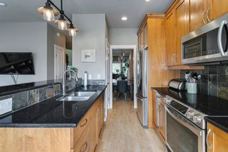 Photo 11: 1633 17 Avenue NW in Calgary: Capitol Hill Semi Detached for sale : MLS®# A1143321