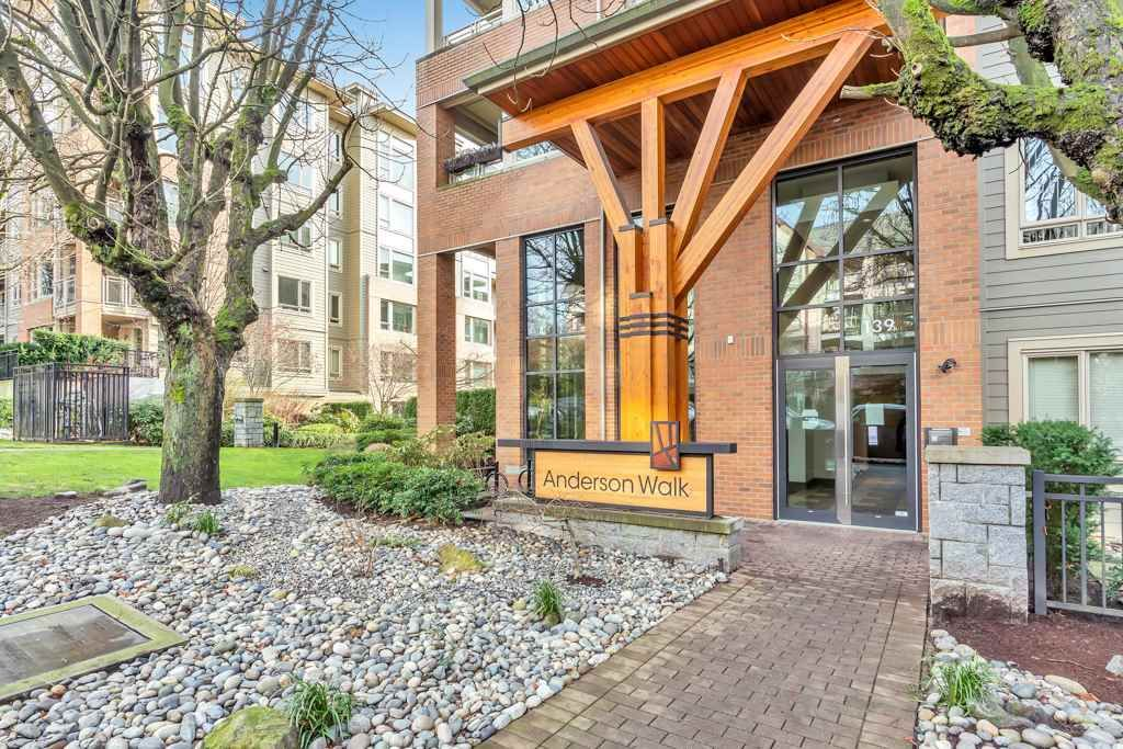 "Main Photo: 304 139 W 22ND Street in North Vancouver: Central Lonsdale Condo for sale in ""ANDERSON WALK"" : MLS®# R2526044"