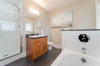Photo 13: 780 ST. GEORGES AVENUE in North Vancouver: Central Lonsdale Townhouse for sale : MLS®# R2452292