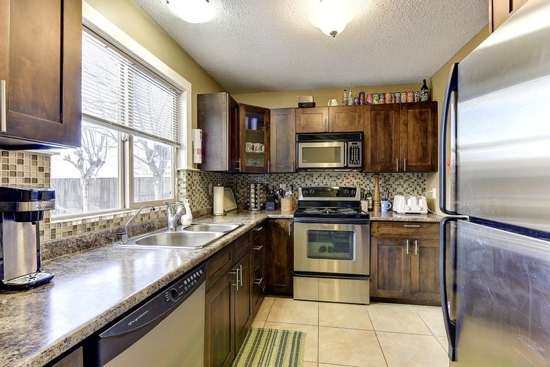 FEATURED LISTING: 20 - 220 Prior Road South Kelowna