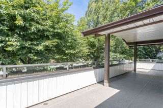 """Photo 18: 227 15153 98 Avenue in Surrey: Guildford Townhouse for sale in """"Glenwood Village"""" (North Surrey)  : MLS®# R2476137"""