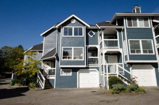 """Photo 2: 2309 RIVERWOOD Way in Vancouver: South Marine Townhouse for sale in """"Southshore"""" (Vancouver East)  : MLS®# R2410470"""
