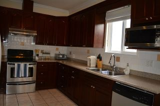 Photo 9: 4460 NANAIMO STREET in Vancouver: Collingwood VE House for sale (Vancouver East)  : MLS®# R2030421