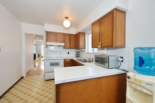 Photo 11: 235 E 62ND Avenue in Vancouver: South Vancouver House for sale (Vancouver East)  : MLS®# R2433374