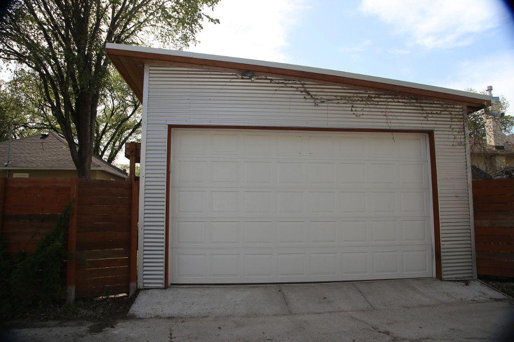 Photo 49: Photos: 233 Sherburn Street in Winnipeg: Wolseley Single Family Detached for sale (West Winnipeg)  : MLS®# 1412734