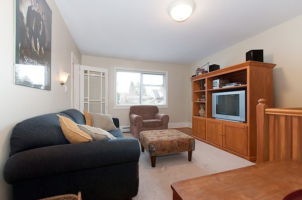 Photo 15: Photos: 4073 W 19TH Avenue in Vancouver: Dunbar House for sale (Vancouver West)  : MLS®# V995201
