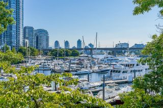 """Photo 38: 112 1228 MARINASIDE Crescent in Vancouver: Yaletown Townhouse for sale in """"CRESTMARK TWO"""" (Vancouver West)  : MLS®# R2609397"""