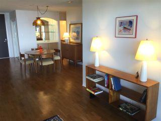 Photo 8: 403 15025 VICTORIA AVENUE: White Rock Condo for sale (South Surrey White Rock)  : MLS®# R2073112