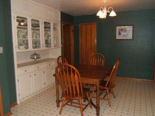 Photo 3: 726 SIMPSON Avenue in WINNIPEG: East Kildonan Residential for sale (North East Winnipeg)  : MLS®# 1102268