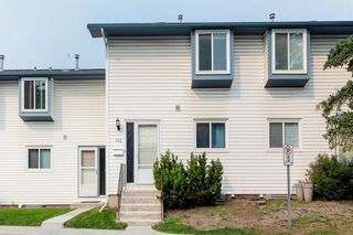 Main Photo: 103 4810 40 Avenue SW in Calgary: Glamorgan Row/Townhouse for sale : MLS®# A1133120