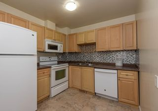 Photo 9: 521 WILLOW Court in Edmonton: Zone 20 Townhouse for sale : MLS®# E4245583