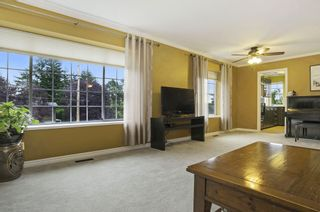 Photo 11: 15598 ROPER AVENUE in South Surrey White Rock: Home for sale : MLS®# R2003689