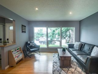 Photo 6: 49 Warwick Drive SW in Calgary: Westgate Detached for sale : MLS®# A1131664