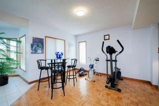 Photo 36: 27 Strathlorne Bay SW in Calgary: Strathcona Park Detached for sale : MLS®# A1120430