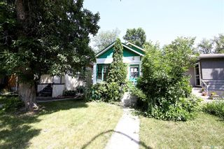 Photo 1: 2047 Princess Street in Regina: Cathedral RG Residential for sale : MLS®# SK864277
