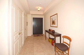 Photo 2: 411 2662 W Bloor Street in Toronto: Kingsway South Condo for sale (Toronto W08)  : MLS®# W4646106