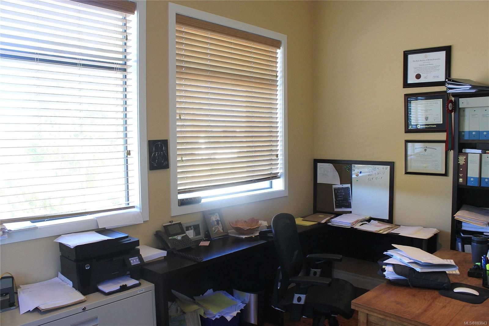 Main Photo: H 921 Canada Ave in : Du West Duncan Office for lease (Duncan)  : MLS®# 883843