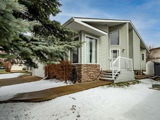 Photo 3: 40 Scenic Cove Circle NW in Calgary: Scenic Acres Detached for sale : MLS®# A1126345