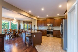 Photo 2: 21067 83A Avenue in Langley: Willoughby Heights House for sale : MLS®# R2459560