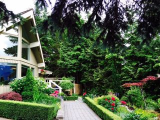 "Photo 19: 2624 RHUM & EIGG Drive in Squamish: Garibaldi Highlands House for sale in ""Garibaldi Highlands"" : MLS®# R2084695"