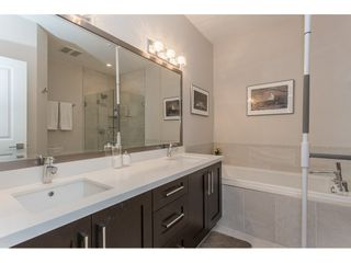 """Photo 13: 2 15989 MOUNTAIN VIEW Drive in Surrey: Grandview Surrey Townhouse for sale in """"HEARTHSTONE IN THE PARK"""" (South Surrey White Rock)  : MLS®# R2163450"""