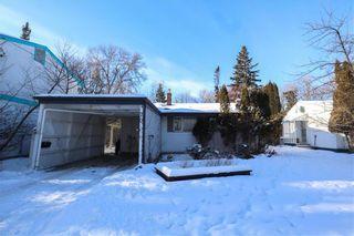 Photo 2: 70 Sandra Bay in Winnipeg: East Fort Garry Residential for sale (1J)  : MLS®# 202101829