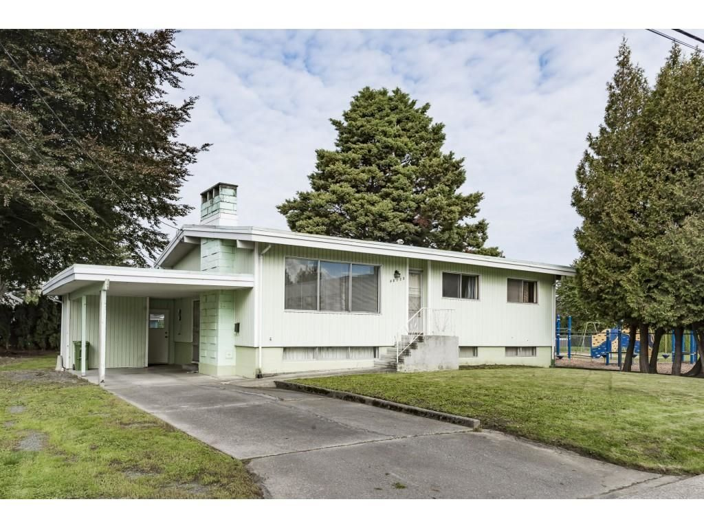 Main Photo: 46125 SOUTHLANDS Drive in Chilliwack: Chilliwack E Young-Yale House for sale : MLS®# R2625009