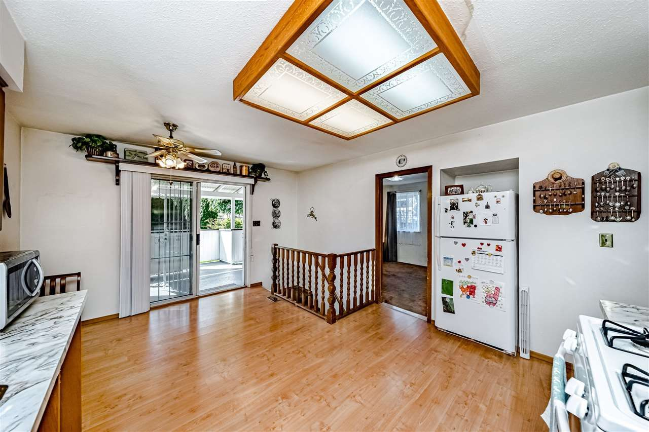 Photo 15: Photos: 924 E 14TH Avenue in Vancouver: Mount Pleasant VE House for sale (Vancouver East)  : MLS®# R2569320