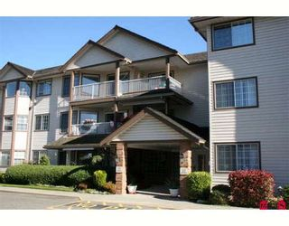"Photo 2: 208 32145 OLD YALE Road in Abbotsford: Abbotsford West Condo for sale in ""CYPRESS PARK"" : MLS®# F2902205"