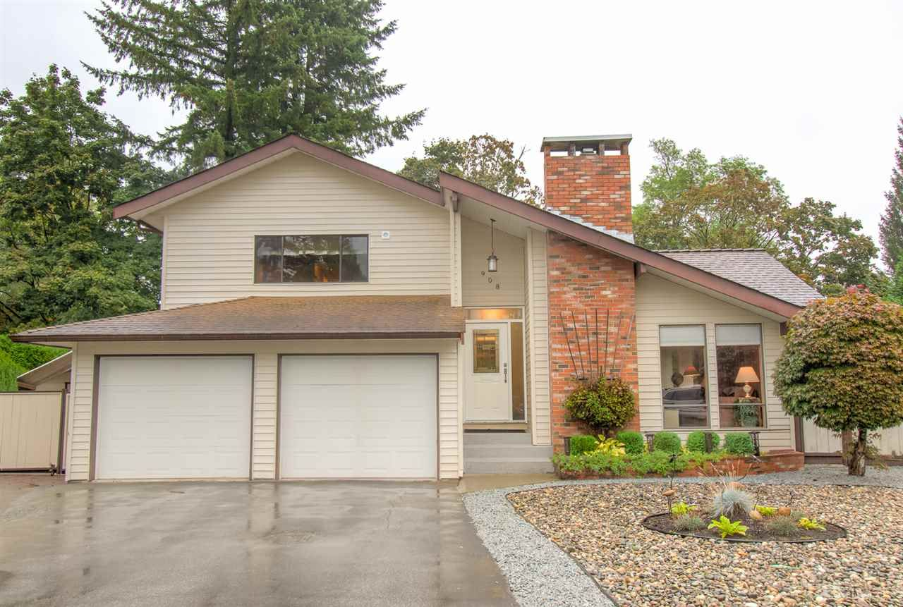 """Main Photo: 908 MAYWOOD Avenue in Port Coquitlam: Lincoln Park PQ House for sale in """"LINCOLN PARK"""" : MLS®# R2502079"""