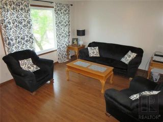Photo 3: 45 Captain Kennedy Road in St Andrews: Residential for sale (R13)  : MLS®# 1826010