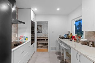 Photo 10: 965 BEAUMONT Drive in North Vancouver: Edgemont House for sale : MLS®# R2624946