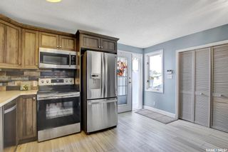 Photo 4: 3709 NORMANDY Avenue in Regina: River Heights RG Residential for sale : MLS®# SK871141