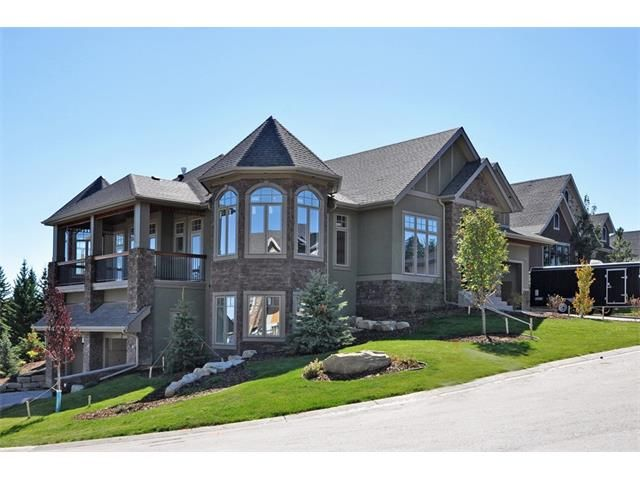 Main Photo: 35 ELVEDEN Place SW in Calgary: Springbank Hill House for sale : MLS®# C3650760