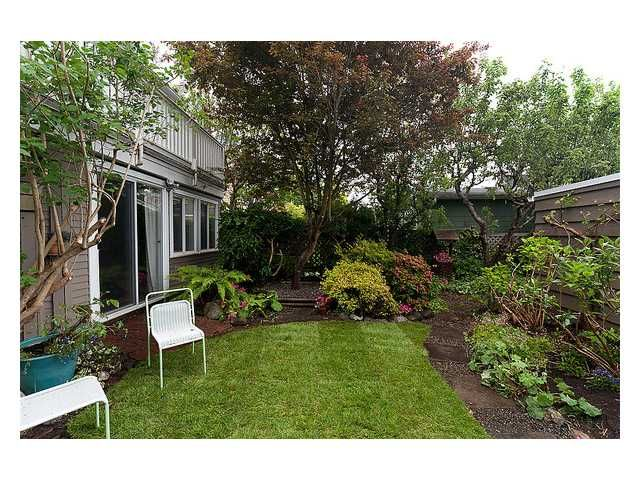 Photo 10: Photos: 3668 W 2ND Avenue in Vancouver: Kitsilano House for sale (Vancouver West)  : MLS®# V894204