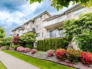 """Photo 3: 305 3128 FLINT Street in Port Coquitlam: Glenwood PQ Condo for sale in """"FRASER COURT TERRACE"""" : MLS®# R2456754"""