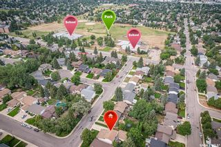 Photo 4: 327 Ball Crescent in Saskatoon: Silverwood Heights Residential for sale : MLS®# SK867296