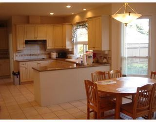 Photo 5: 4211 COLDFALL Road in Richmond: Boyd Park House for sale : MLS®# V697978