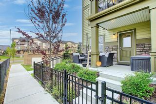 Photo 4: 111 Evanscrest Gardens NW in Calgary: Evanston Row/Townhouse for sale : MLS®# A1135885