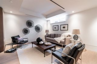 Photo 5: TH2 2289 BELLEVUE Avenue in West Vancouver: Dundarave Townhouse for sale : MLS®# R2611210