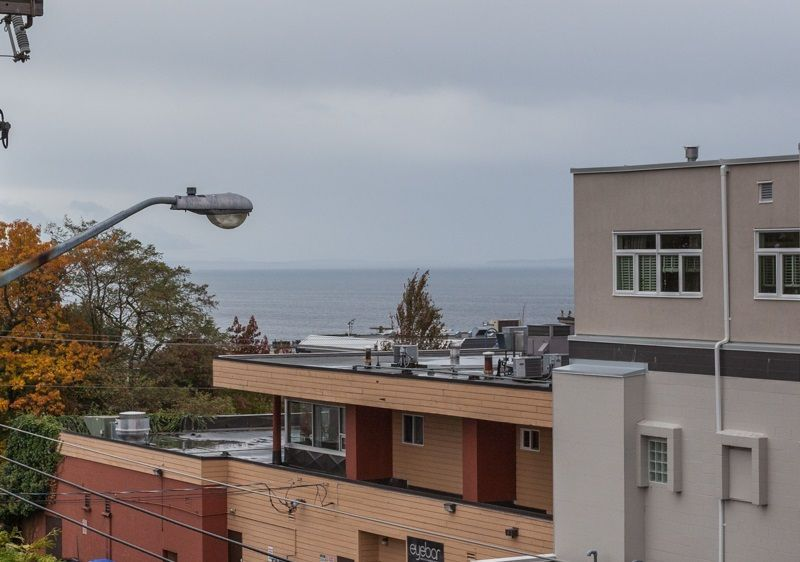 """Photo 11: Photos: 305 1341 GEORGE Street: White Rock Condo for sale in """"OCEANVIEW"""" (South Surrey White Rock)  : MLS®# R2215870"""