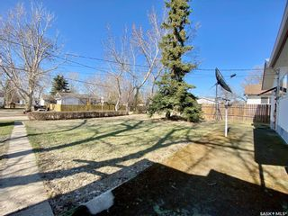 Photo 3: 104 3rd Avenue West in Dinsmore: Residential for sale : MLS®# SK851494