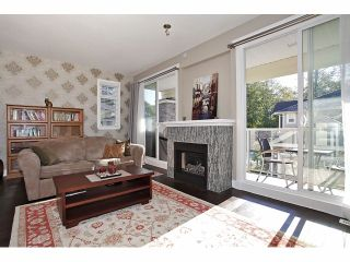 """Photo 7: 2 15454 32ND Avenue in Surrey: Grandview Surrey Townhouse for sale in """"Nuvo"""" (South Surrey White Rock)  : MLS®# F1324116"""